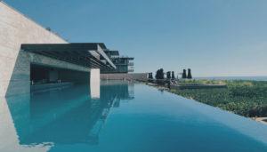 Edelstahl Pool; Kosten kalkulieren rund um Swimmingpools für Garten und Haus