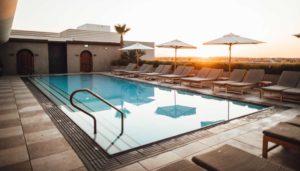 Was kostet ein Swimmingpool: Kosten kalkulieren für Edelstahlpool, GFK Pool oder Stahlrahmenbecken