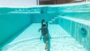 Pool kosten: Was kostet ein Swimmingpool mit Edelstahlbecken, ein GFK Pool oder ein Stahlrahmenbecken
